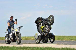 Kurz Wheelie pro motorkáře
